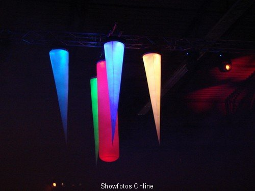led aircones happy music